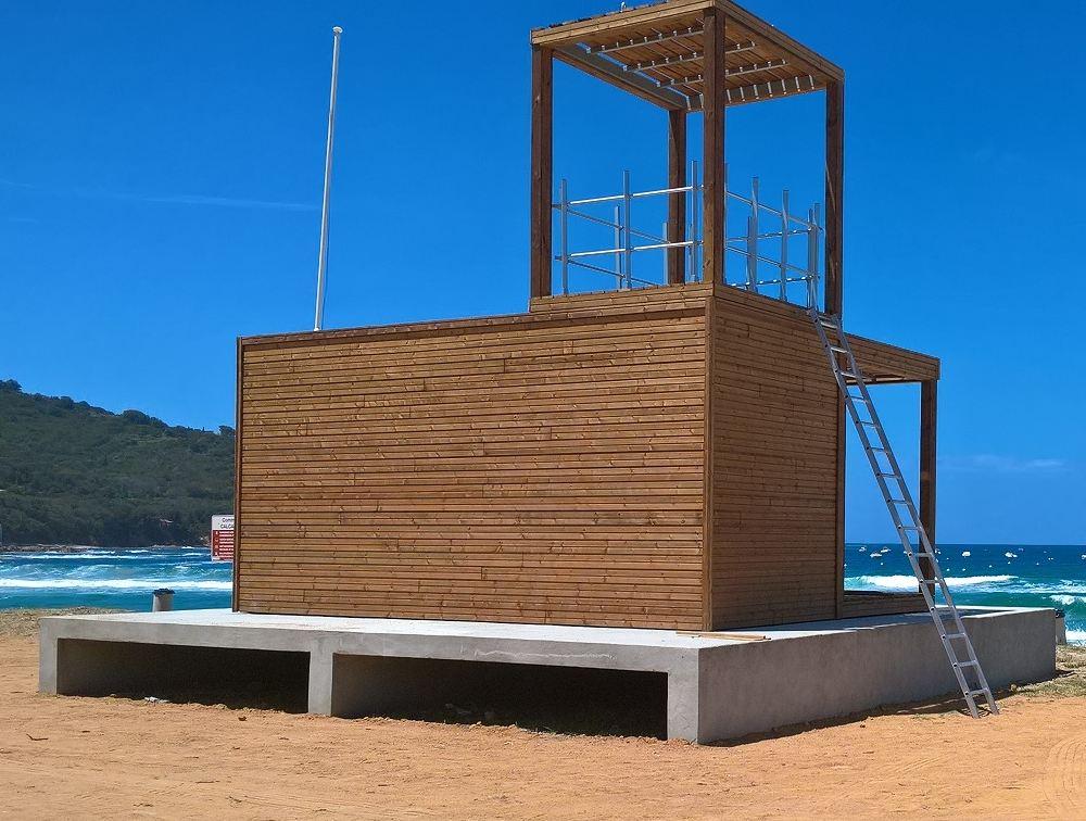 poste-de-secours-modulaire-plage.jpg