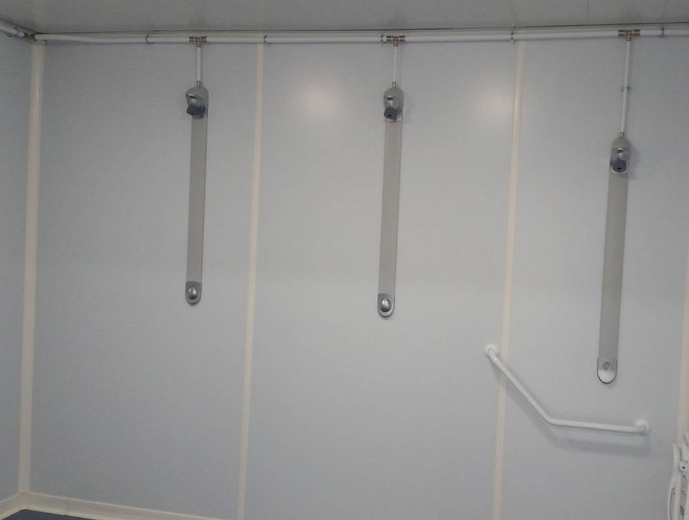 vestiaires-sanitaires-douches-modulaires.jpg