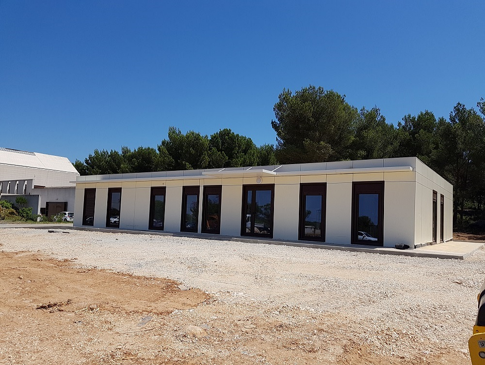 construction_prefabrique_centre_funeraire_martigues.jpg