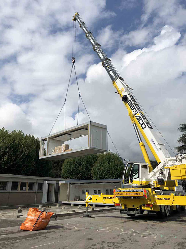 Installation construction modulaire sur site