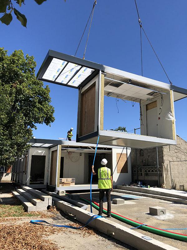 Installation bâtiment modulaire sur site
