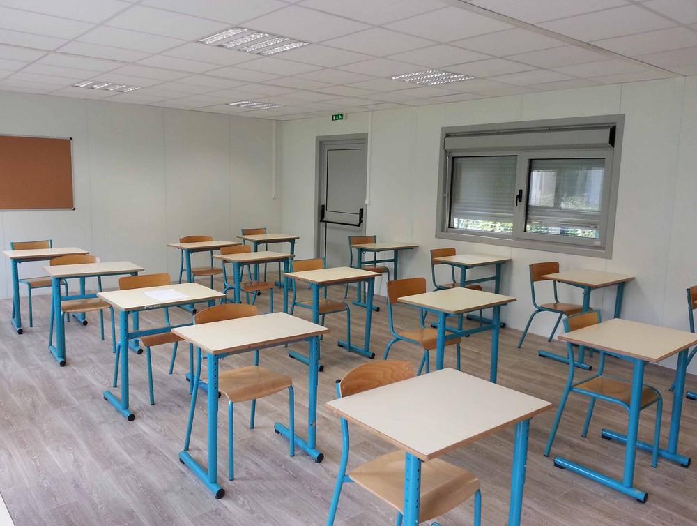 Construction salles de classe rt2012 dans l 39 ain for Permis de construire surface minimum