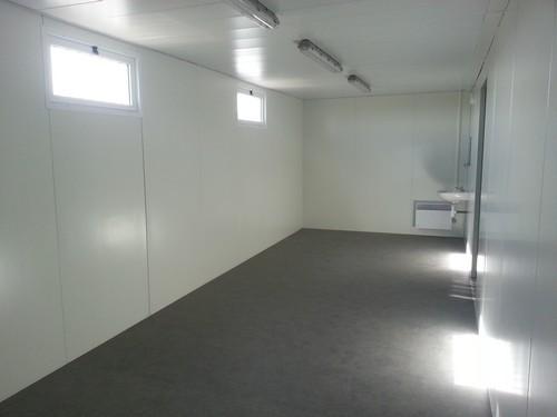 R alisation de vestiaires sportifs modulaires pour le stade d 39 annonay - Sportifs dans les douches ...