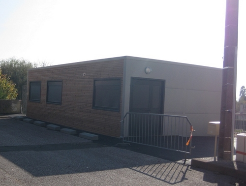 sanitaires pr fabriqu s wc modulaires bungalow sanitaires mobile. Black Bedroom Furniture Sets. Home Design Ideas