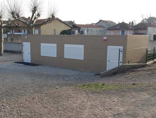 Salle de classe modulaire installée dans la Drôme