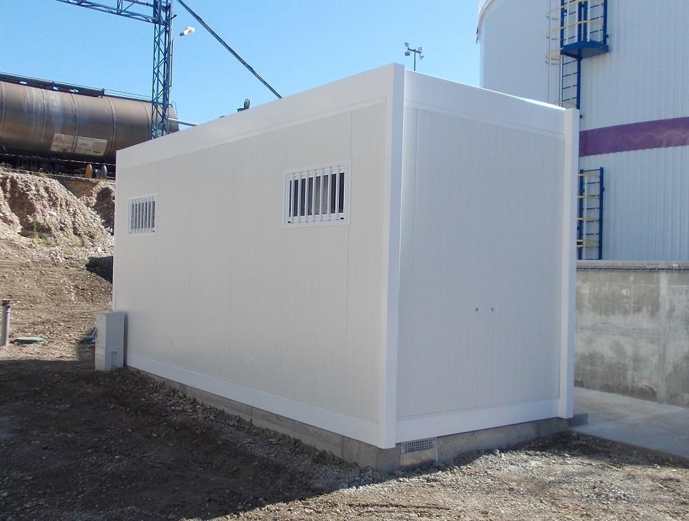 Aménagement de sanitaires modulaires dans une Industrie de l'Isère