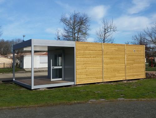 Club house modulaire installé en Gironde