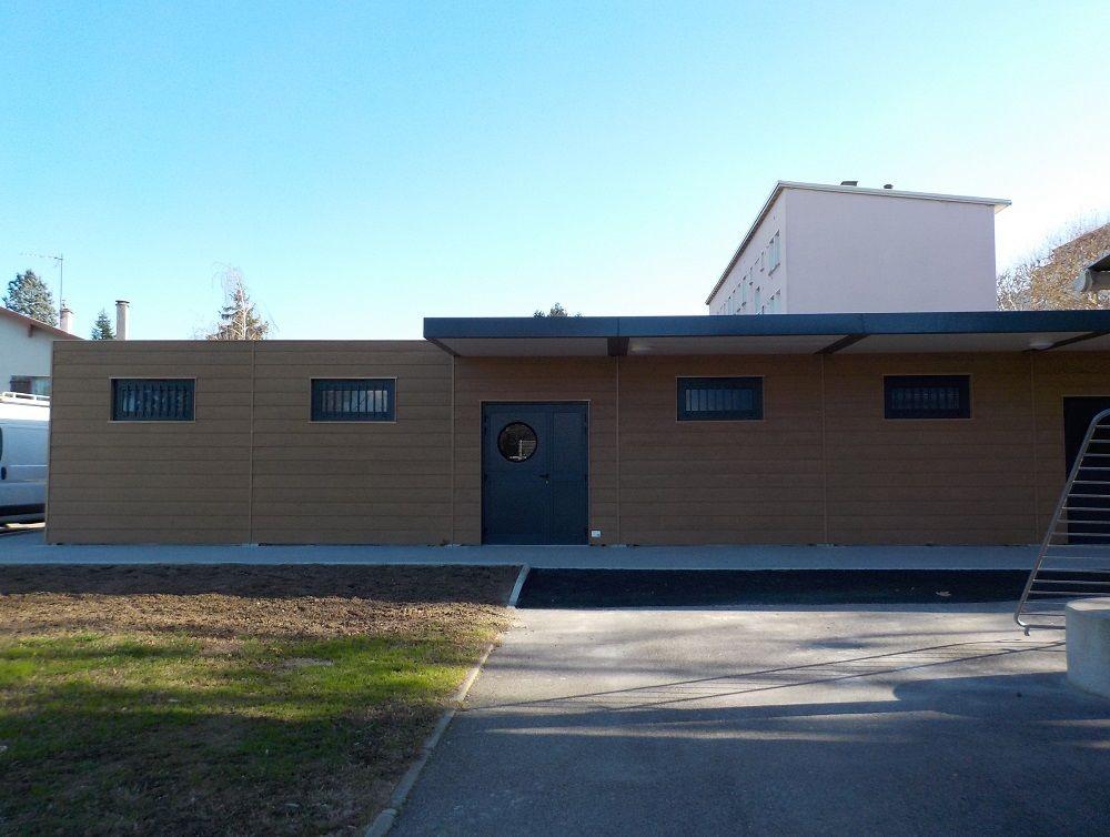 Construction et installation de vestiaires modulaires au Stade municipal Jean Bouin de Saint Priest